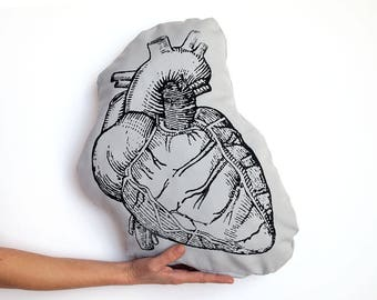 Anatomical Heart, heart pillow, Greys anatomy, love gift, gothic, anatomy, cardiology, medical student gift, science, nursing student, love