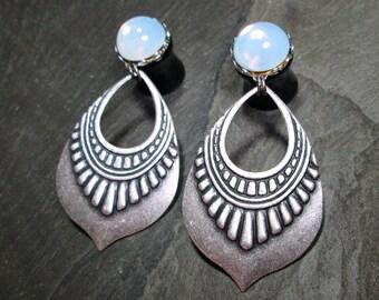 Tribal Plugs - 10g - 8g - 6g - 4g - 2g - 0g - Gothic Gauges - Plug Earrings - Wedding Plugs - Bridal Gauges - Gothic Wedding - Dangle Plugs