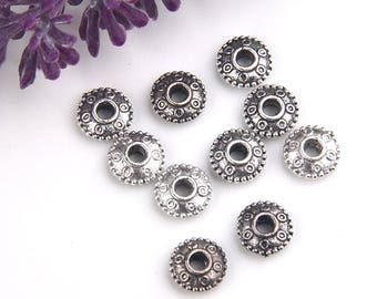 Silver Tone Patterned Saucer Beads, Saucer Beads, 10 pieces // SB-112