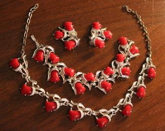 Vintage 1950's Thermoset Necklace, Bracelet, & Earring Set