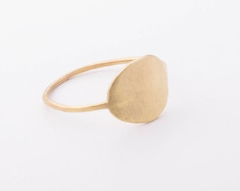 Oval 18 KT Gold
