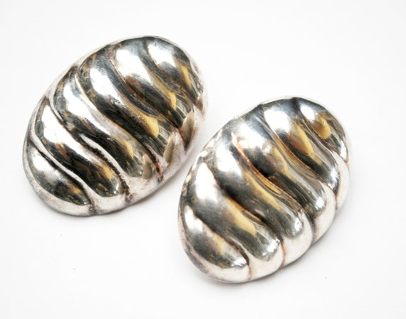 Large Sterling Oval   Earrings - hollow - ribbed sliver  - Modernistic design  - pierced earrings