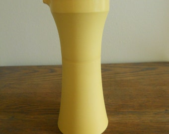 Tupperware Oil or Vinegar Cruet