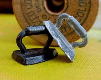 Vintage Monopoly Game Pieces Metal 1930s Token Irons