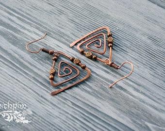 Copper triangle earrings, geometric earrings,  spiral earrings, minimal jewelry, simply earrings, Unusual Psychedelic Triangle, gift for mom