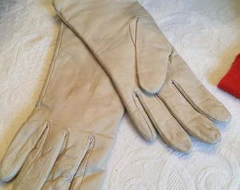 Vintage Bone Leather Ladies Driving Gloves-Jacobsen's Department Store-Cashmere Lined-7 1/2