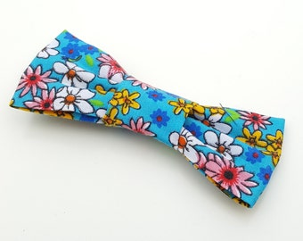Small Bow Tie - Hippy Flower