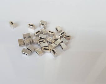 4 silver rectangular metal 10x6mm