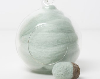 Merino Felting Wool- Wool Roving-Wool Tops -Colour Aqua 01 -10grams