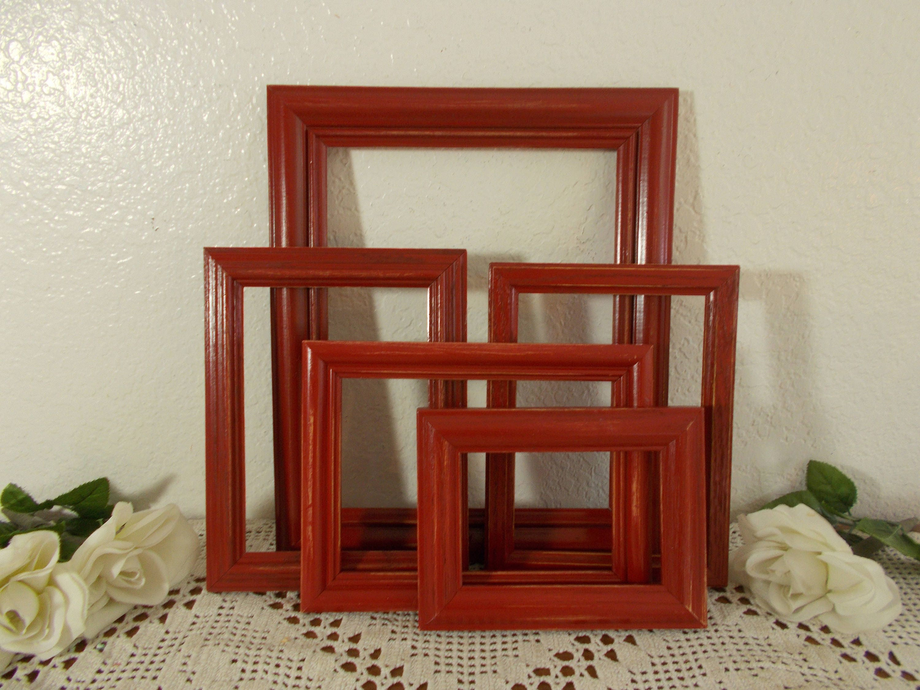 Rustic red picture frame set up cycled vintage wood photo zoom jeuxipadfo Image collections