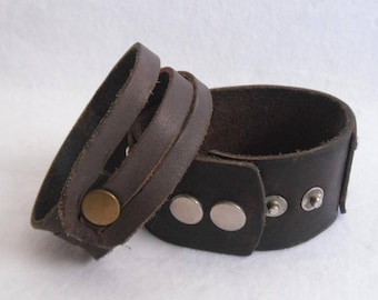 2 vintage rockn Roll hardrock bracelets made of leather-original 70s years-leather design