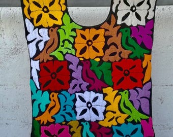 TUXTEPEC TOP, HaND EMBROiDERED MEXiCAN Top, Made in Oaxaca, Mexican Blouse, Camicica Messicana