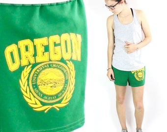 Vintage Oregon Ducks Athletic Shorts Small