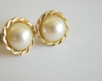 White Pearl Button Post Pierced Earrings