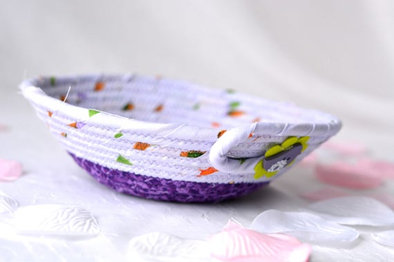 Spring Lavender Basket, Handmade Purple Coiled Bowl, Cute Ring Dish, Desk Accessory Basket, Ultra Violet Artisan Quilted Bowl