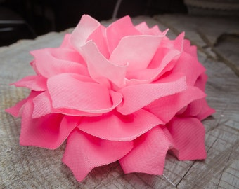 Large Carnation Hair Clip ~1 pieces #100781