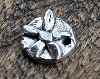 Flower Charm artisan Sterling Silver CH60