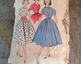 Vintage Sewing Pattern Advance 8494 Junior Size 14 Shirtwaist Dress