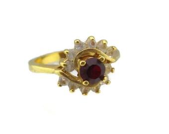 Vintage 14k HGE Gold Round Garnet Austrian Crystal Ring Size 8.25