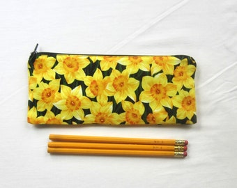 Skinny Daffodil Zipper Pouch / Pencil Case