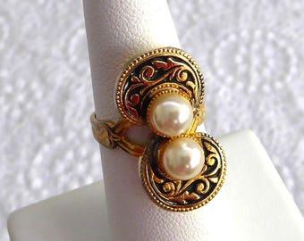 Toledoware Ring Spain 2 Faux Pearls 1960s Glamour Black Gold Adjustable Black Gold Fashion