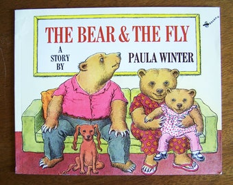 The Bear & The Fly by Paula Winter - Children's Book - Stories Without Words, Wordless Book - The Bear and the Fly