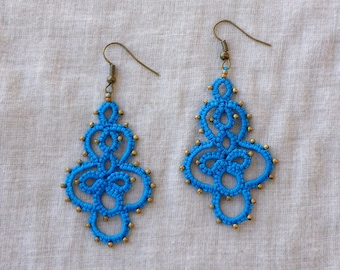 Lake blue lace earrings , tatting lace , statement jewelry , tatted jewelry , frivolite , handmade earrings , chiacchierrino