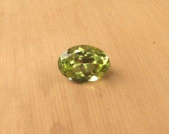 Natural Loose Gemstones - ONE Oval cut Peridot averaging 6x8mm, 1 carat - LSG671