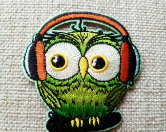 Bird applique,bird patches, owl applique, patch,applique, motifs, clothes art work,Iron On Patches,Embroidered Patches for clothing,