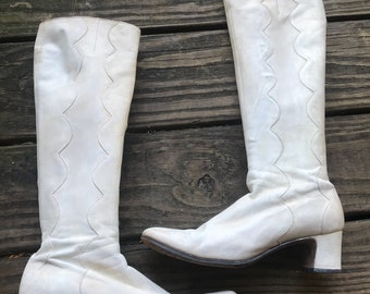 RARE Vintage 1960's Custom Handcrafted Go-Go Boots size 5.5-6 Leather White