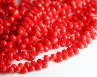 100pcs Czech Glass Tear Drops-Opaque Red 6x4mm (649320) (B-15-24)