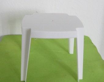 Garden table. Scale 1:12