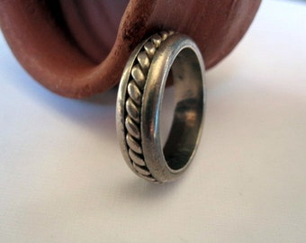 Old Praying Ring from India.Ring.Tribal Jewelry