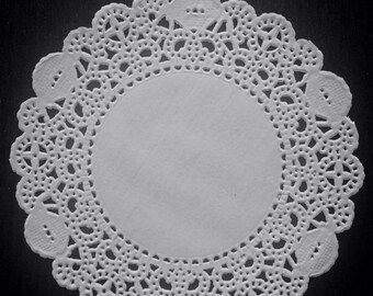 "200 ct. 4"" White Royal Paper Lace Doilies Wedding Doilies Party Doily"