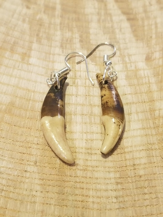 Handmade Real Tibetan Wolf Tooth Silver Earrings Native American Tribal Outdoors Primal Fashion Art Collection (E190)