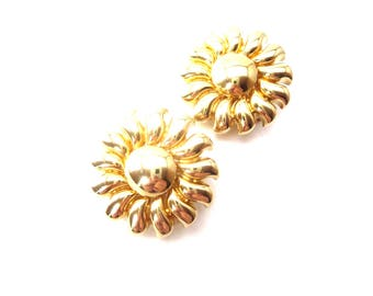 Chunky Joan Rivers Signed 1980's Gold Tone Shiny Metal Sunflower or Sunburst Clip On Earrings