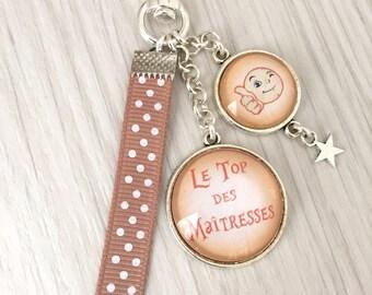 Porte-clés bijou de sac  Le top des Maîtresses, cadeau maîtresse, fin d'année,  petits pois, étoile, REF.117