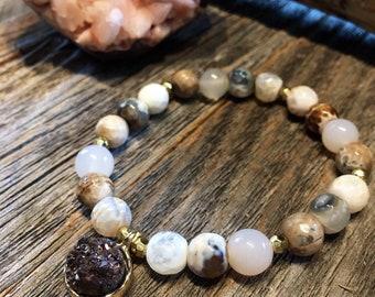 AGATE + PETITE DRUZY // stretch bracelet // stacking bracelet // druzy bracelet // gemstone jewelry