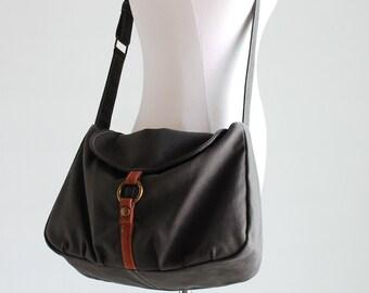 Mother Day SALE 25% - Messenger Bag,- Fortuner-S in grey, Purse, Laptop bag, Shoulder Bag, Handbag,  School Bag, Women, Sling Bag