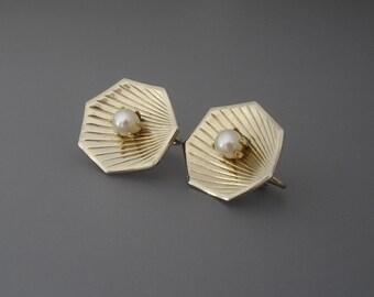 Genuine Pearl Earrings, Gold Pearl Earrings, Gold Earrings, Real Pearl Earrings, Preppy Earrings, Nautical Earrings
