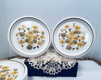 """Vintage Mikasa Light 'n Lively Posy Parade Salad Plates Green and Yellow Daisies 7.75"""" set of 8"""