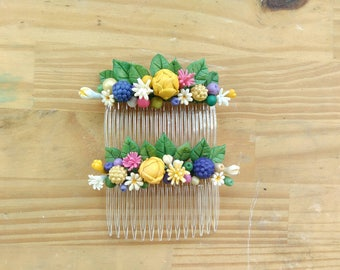 Headdress of flowers, combs of porcelain flower /Millinery
