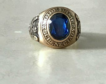 Notre Dame 10K Yellow Gold Blue Stone 1964 Class Ring Size 7.5 Notre Dame High School Schenectady NY  Vintage Signet ring