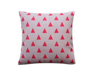 "Pink Red Triangles Pillow Cover, Triangle Geometric Cushion, 18"" x 18"" Decorative Pillow Cover Kids Room Throw Pillow 152"