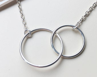 Double circle necklace two entwined silver circle necklace infinity simple design modern jewelry ladies jewelry bridesmaid gift