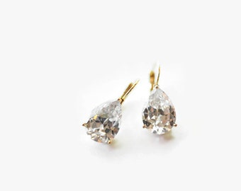 Bridal Jewelry . Gold Bridal Crystal Earrings