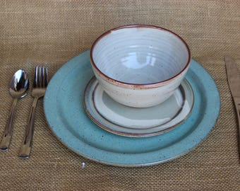 Stoneware mix and match dinnerware, 3-piece, Pottery, Wheel thrown