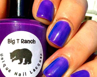Solar Color Changing Clear - Purple to Blue Nail Polish - Full Size 15ml Bottle - FREE U.S. SHIPPING - Tripleberry