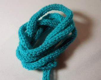 Blue knitting Caribbean for creating the meter