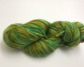 OOAK green & gold - sock/finging yarn